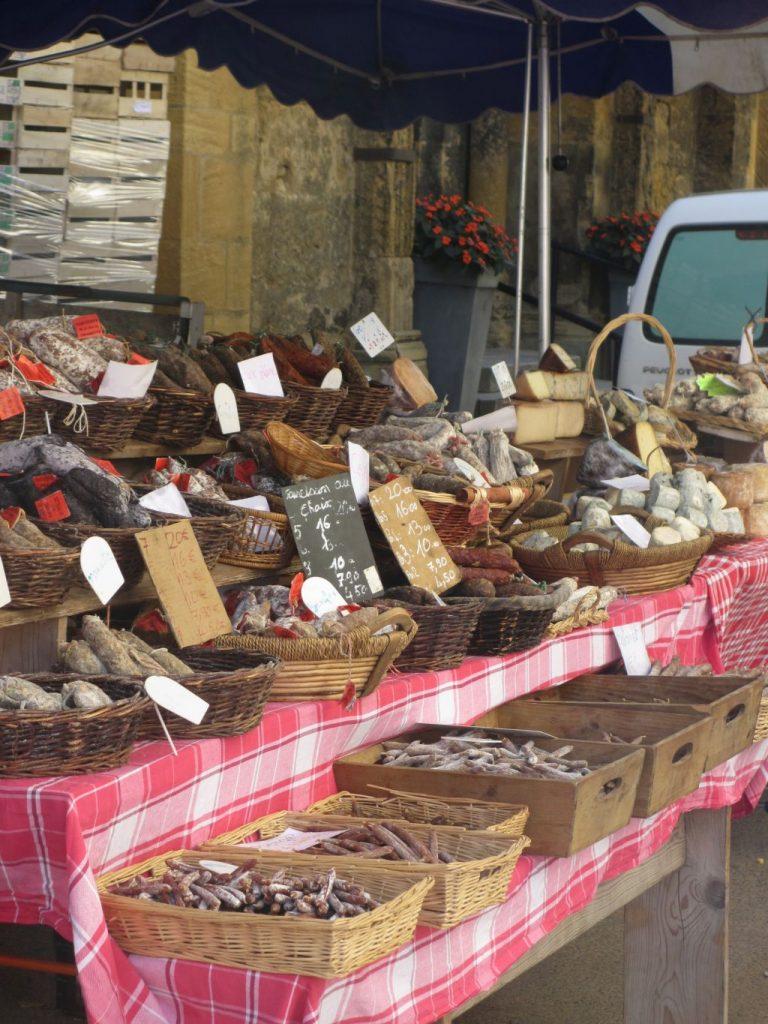L'Estefana - Markt in Marcigny